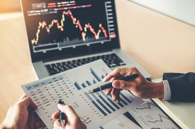 Bạn có thể học đầu tư từ nhiều nguồn