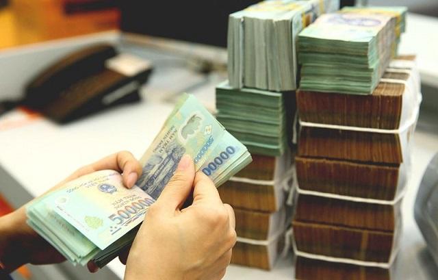 Kiếm tiền thụ động bằng cách gửi tiết kiệm ngân hàng