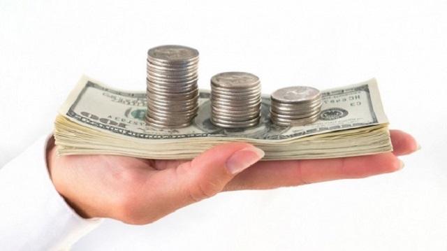 Lợi nhuận từ đầu tư cổ phiếu trung cũng vào khoảng 20% / năm đối với một công ty tăng trưởng ổn định